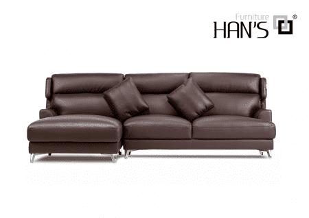 sofa da monica